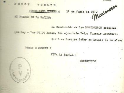 """Foto del comunicado en el que se informa que Aramburu fue """"ejecutado""""."""