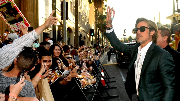 """Brad Pitt a su llegada al Teatro Chino, donde se estrenó """"Once Upon a Time in Hollywood"""" (AFP)"""