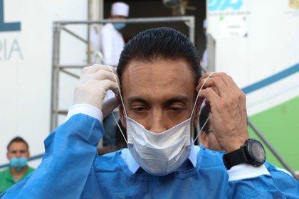 El gobernador de Hidalgo, Omar Fayad, padeció COVID-19 y dijo que las nanomoléculas le ayudaron en su recuperación  (Foto: ROGELIO MORALES/ ARCHIVO /CUARTOSCURO.COM)