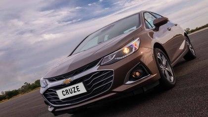 En el Cruze, General Motors ofrece un descuento de casi 290.000 pesos.