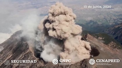 Imágenes del Popocatépetl el 13 de junio (Foto: CENAPRED)