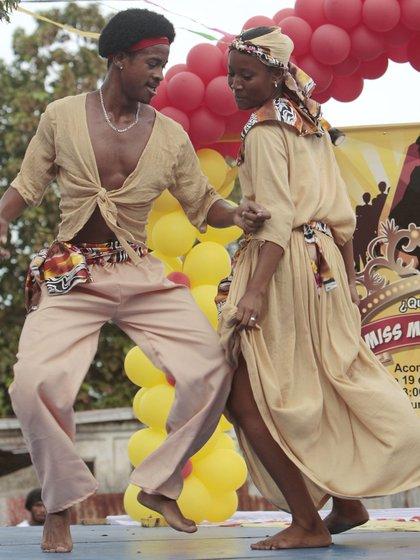 Baile en Costa de Caribe (Foto: INTUR)