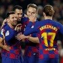Soccer Football - La Liga Santander - FC Barcelona v RCD Mallorca - Camp Nou, Barcelona, Spain - December 7, 2019 Barcelona's Lionel Messi celebrates scoring their second goal with teammates REUTERS/Albert Gea