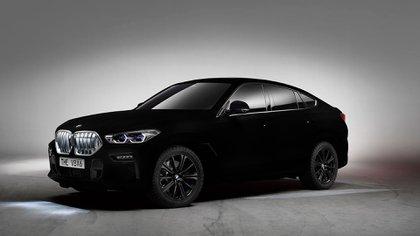 EL BMW SUV X6 está pintado en Vantablack, el negro más oscuro que jamás se haya desarrollado
