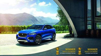 El Jaguar F-Pace se convirtió en el mejor auto del año y el mejor diseño de auto