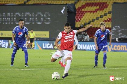 John Velásquez  anotó el primer gol del encuentro.