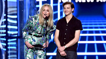 Sophie Turner y Tye Sheridan (Kevin Winter/Getty Images for dcp/AFP)