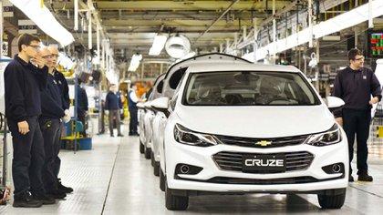 La industria automotriz ya se está encontrando con dificultades para producir por falta de algunas piezas