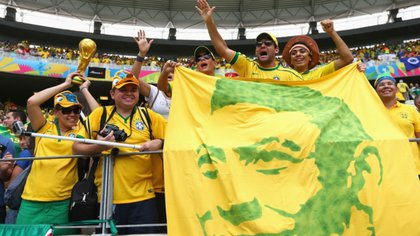 Para llegar a los mil goles, Pelé contabiliza partidos amistosos