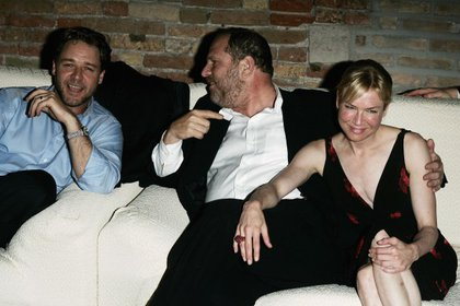 Russell Crowe, Harvey Weinstein y Renée Zellweger (Getty Images)