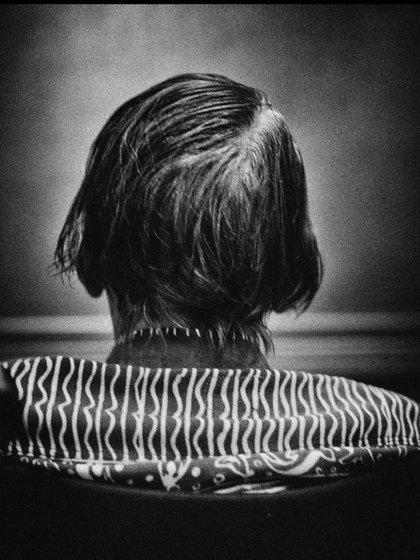Ruth es una muestra fotográfica única dirigida por Felipe Aja Espil que relata una historia conmovedora y personal historia a través del relato de imágenes