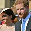 Los duques de Sussex, Meghan Markle y el príncipe Enrique de Inglaterra, en la celebración del 70º cumpleaños del príncipe de Gales, en el Palacio de Buckingham el 22 de mayo de 2018 (POOL/AFP - Dominic Lipinski)