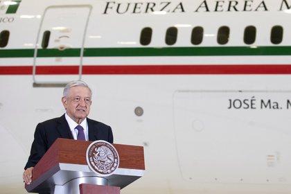 López Obrador enfrenta un declive en la aprobación, una trayectoria contradictoria, recesión económica y aumento de la violencia, aseguró el periodista (Foto: Cortesía de la Presidencia)