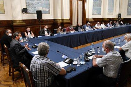 Sergio Massa recibió a representantes de los gremios que integran la CGT y prometió ampliar las eximiciones para Ganancias