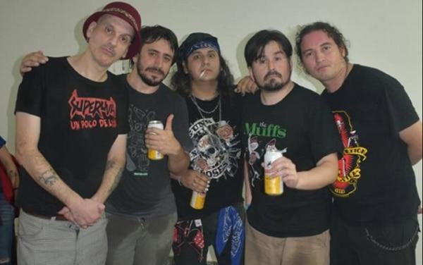 "Daniel Koscianiewicz, Martin Lalo, Tommy Gunn, Juan Ledesma y Colorado Bisbal, integrantes de ""Superuva"""