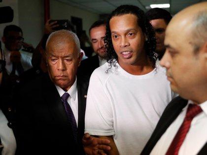 Todo indica que Ronaldinho pasará su cumpleaños en la cárcel