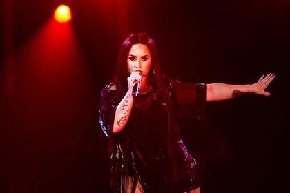 Demi Lovato durante un recital en Bologna, Italia, el 27 de junio de 2018(Valeria Portinari/Alamy Live News)