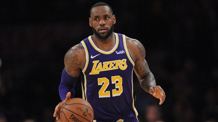 LeBron James terminó en el puesto 8 de la lista de Forbes, siendo el primer jugador de la NBA en el top 10 (Reuters)