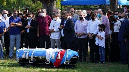 Los restos del ex presidente serán enterrados junto a los de su hijo (foto Franco Fafasuli)