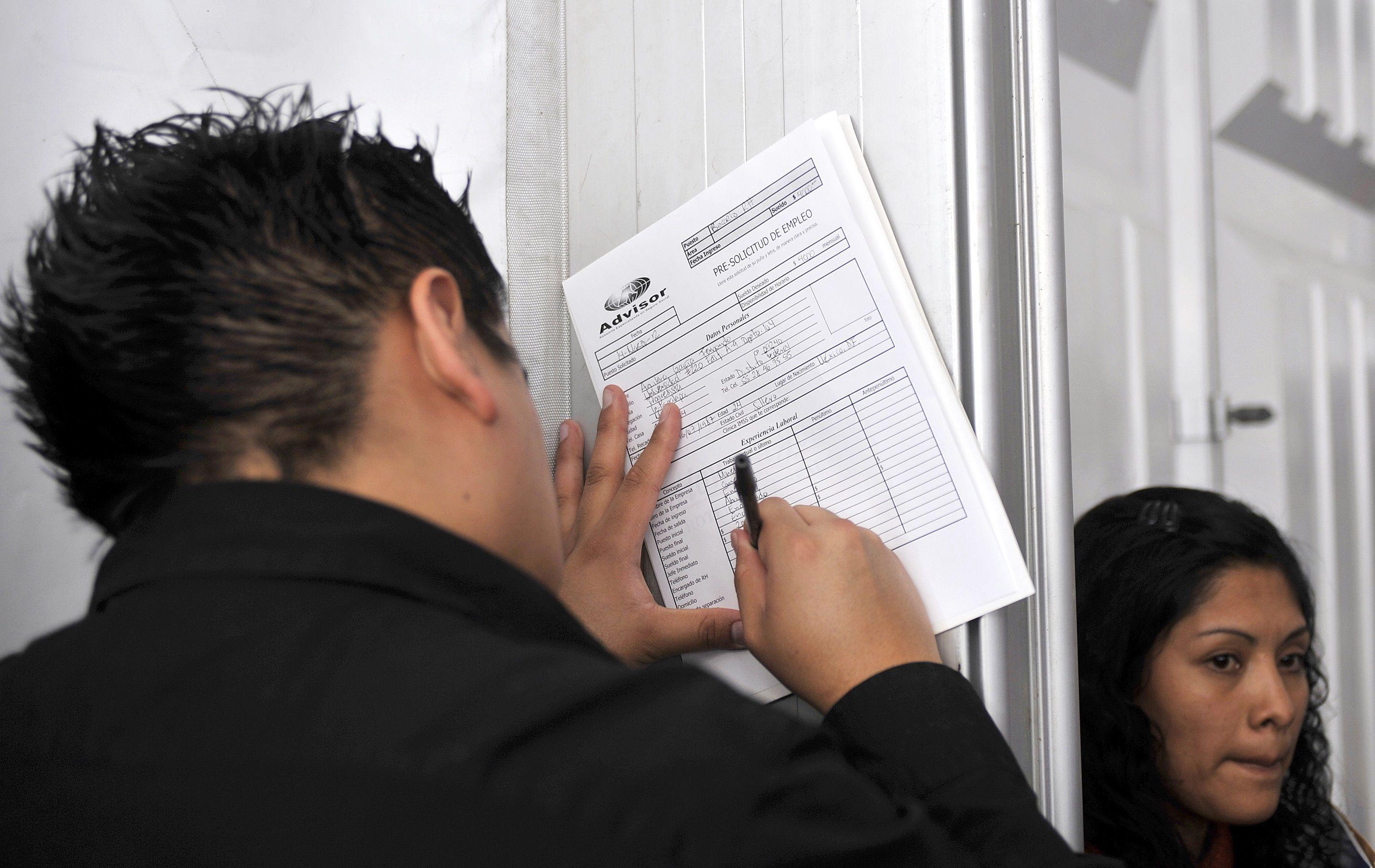 México ha perdido más de un millón de empleos desde el inicio de la epidemia de COVID-19 (Foto: Mario Guzmán/ EFE)