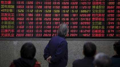 La Bolsa de Shanghai tuvo un cierre de año negro (Reuters)