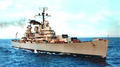 Una postal de otros tiempos: el imponente ARA General Belgrano, el crucero insignia de las Armada Argentina. Foto: Archivo DEF.