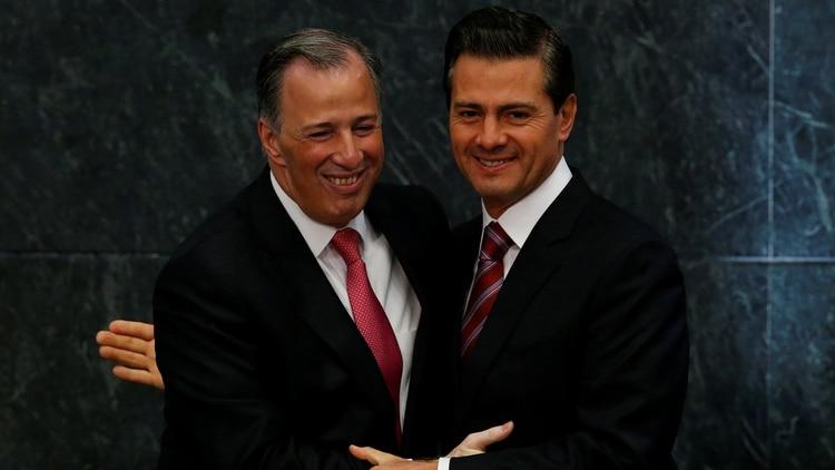 Tanto José Antonio Meade, como el ex presidente Enrique Peña Nieto sabrían del desv{io de recursos, señaló la defensa de Rosario Robles