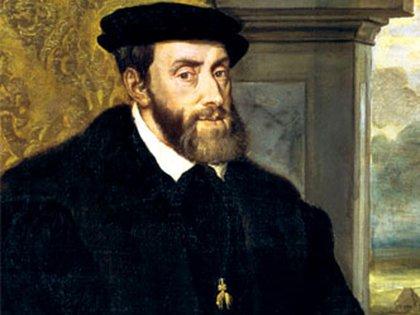 Carlos V retratado por Tiziano. Puede apreciarse la prominente mandíbula, que fue un rasgo distintivo de los Habsburgo y que el soberano buscaba disimular con una barba