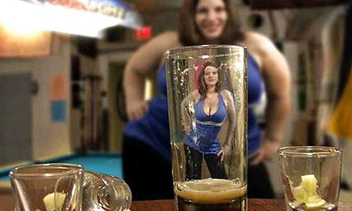 Alcohorexia, se trata de beber para reemplazar las calorías de las comidas.