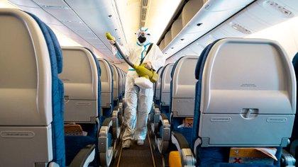 Los protocolos de seguridad e higiene son fundamentales para recuperar la confianza de los viajeros (Shutterstock)