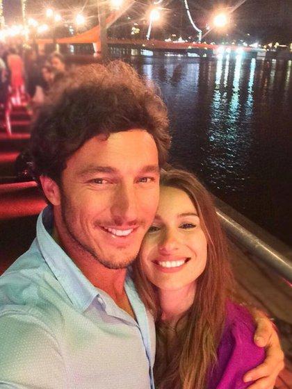 Una de las primeras selfies que Pico y Pampita suben a sus redes sociales