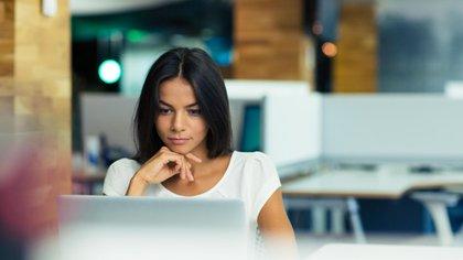 Los jóvenes cambiaron el orden de prioridades a la hora de elegir una empresa (Shutterstock)