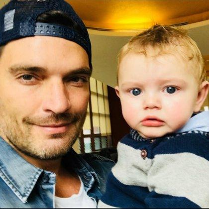 Según la abogada, Julián Gil es quien no ha querido convivir con su hijo (Instagram)