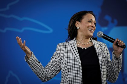 U.S. Democratic vice presidential nominee Senator Kamala Harris speaks during a campaign drive-in rally at Palm Beach State College in West Palm Beach, Florida, U.S., October 31, 2020. REUTERS/Marco Bello
