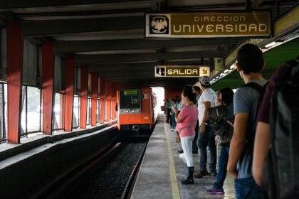 Reinicia operaciones Línea 1 del Metro de la Ciudad de México