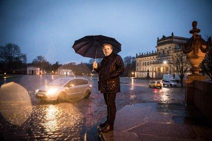 Haiko Bohringer, un político local en Ludwiglust, Alemania, que fue blanco de Nordkreuz, un grupo neonazi. El caso de Nordkreuz, que recientemente fue juzgado después de ser descubierto hace más de tres años, muestra que el problema de la infiltración de extrema derecha no es nuevo ni se limita al KSK, ni siquiera al ejército (Gordon Welters / The New York Times)
