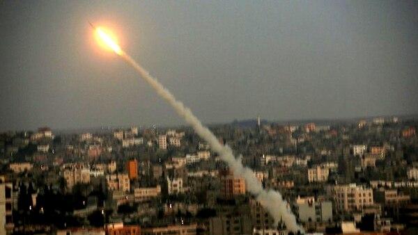 Israel bombardeó instalaciones de Hamas tras el disparo de un cohete desde Gaza