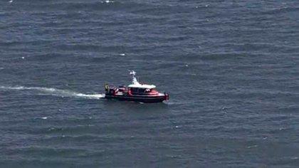 Los equipos de búsqueda rastrillaron la Bahia en busca de la canoa o los cuerpos de Maeve Kennedy Townsend McKean y su hijo