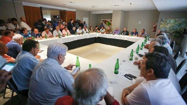 Gremialistas exigieron paritarias libres y sin techo
