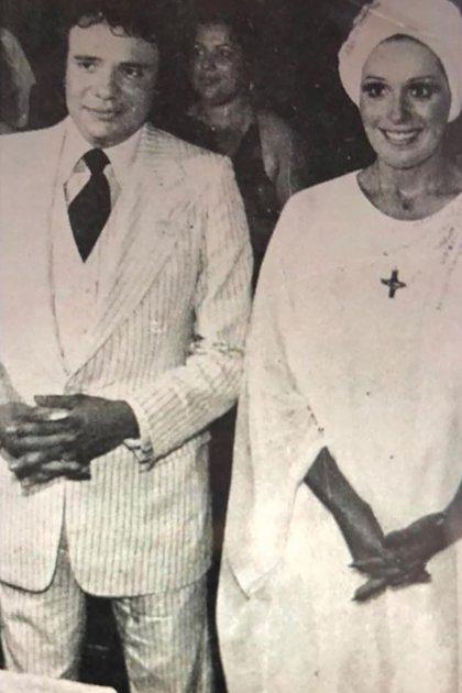 El fallecido cantante y Anel Noreña llegaron al altar en 1976 y se divorciaron en 1991 (Foto: Archivo)