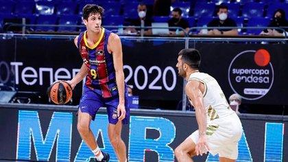 Leandro Bolmaro renovó con el Barcelona hasta 2023 (@leandro_bolmaro)