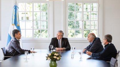 Junto con los intendentes Jorge Macri y Juanchi Zabaleta, Grindetti se reunión semanas atrás con Alberto Fernández en Olivos