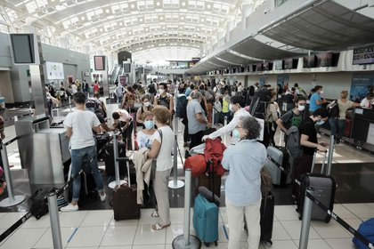Pasajeros presentarán una queja colectiva ante la Procuraduría Federal del Consumidor (Profeco) contra Interjet (Foto: EFE/Jeffrey Arguedas/Archivo)
