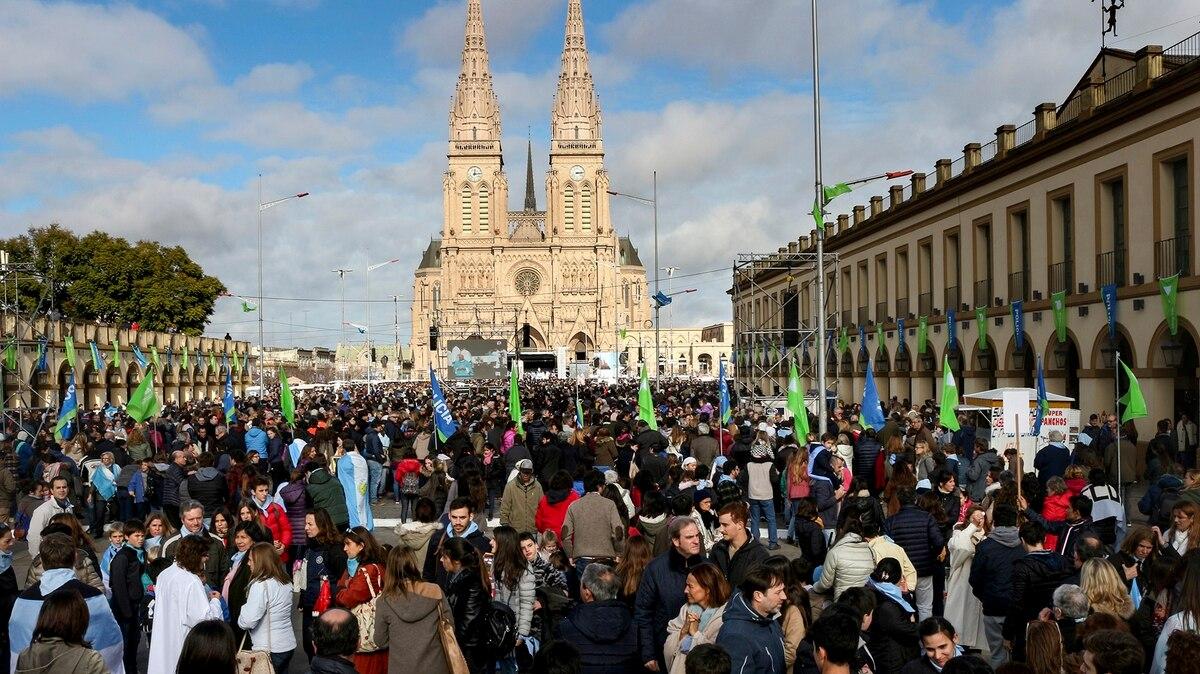 De la libertad de cultos al aborto: las 9 leyes que la Iglesia rechazó en la Argentina - infobae