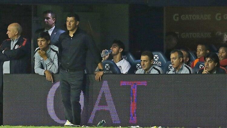 Jorge Almirón acumulaba 12 partidos sin triunfos, desde que se transformó en el entrenador de San Lorenzo (FotoBaires)