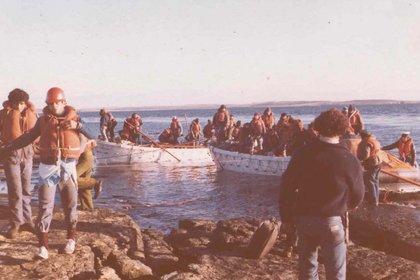 La llegada de los tripulantes del Río Carcarañá