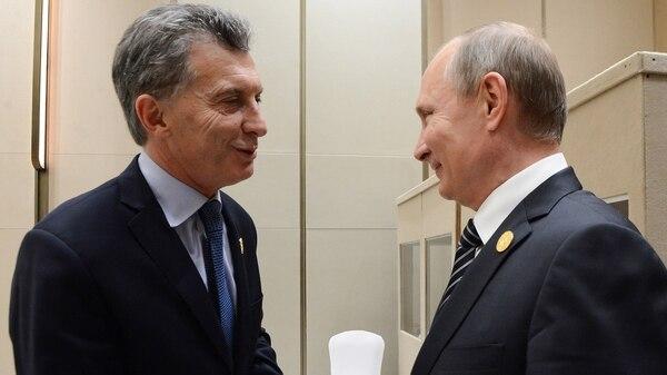 Mauricio Macri y Vladimir Putin (Presidencia)