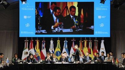 Sesión plenaria del Mercosur (AFP)