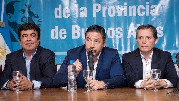 Fernando Espinoza, Gustavo Menéndez y Fernando Gray, referentes del PJ Bonaerense (Martín Rosenzveig)