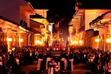 Popayán es uno de los municipios más católicos de Colombia al punto que se ha convertido en un destino obligado del turismo religioso del país, en especial durante la celebración de la Semana Santa.
